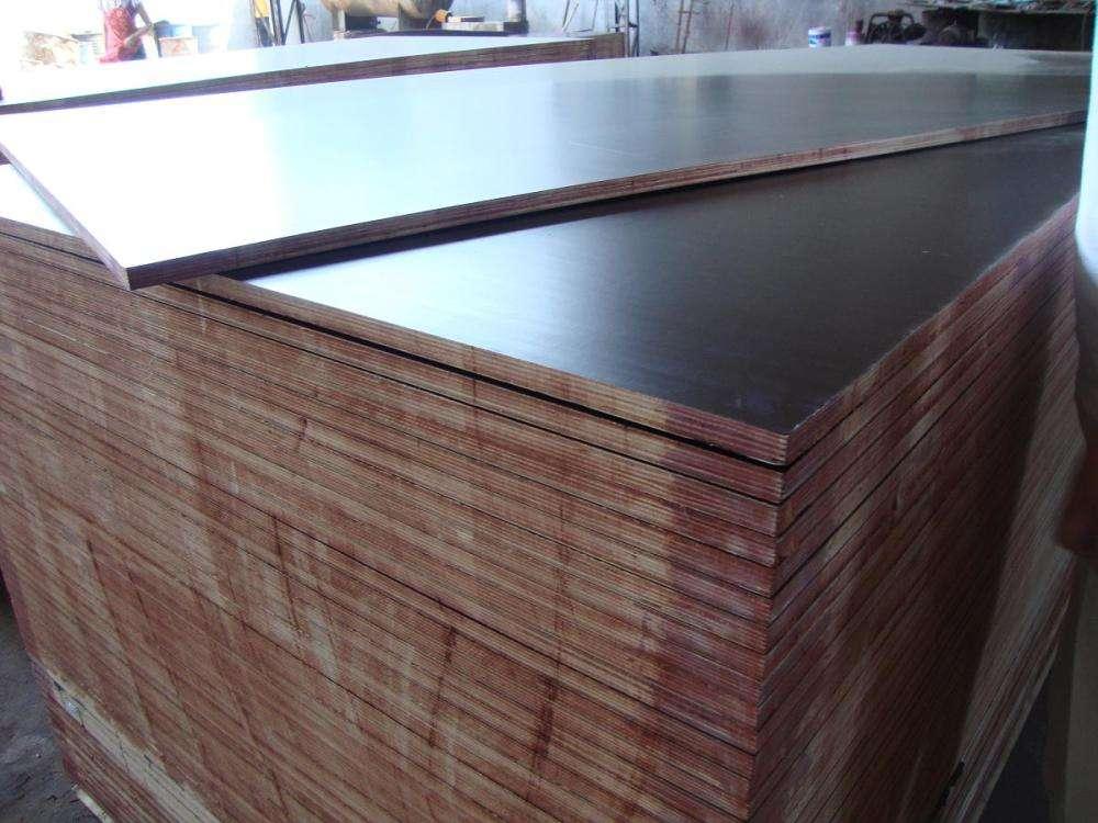 建筑模板是一种在建造的时候使用的辅助模板